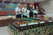 Bea Cukai Jabar Amankan 21.350 Botol Minuman Keras Ilegal